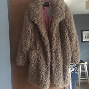 NWT Zara Teddy Bear 🧸 Coat 🧥 Super Soft Size XL
